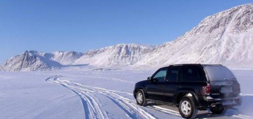 tgr_Coche en la nieve
